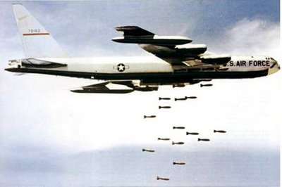 bombardementb52.jpg